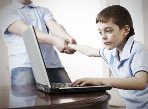 Nghiện game online và những biểu hiện khi nghiệm game ở trẻ 1